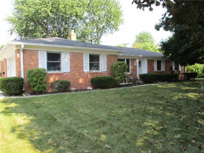 7148  Castle Manor Drive Indianapolis, IN 46214 | MLS 21670359