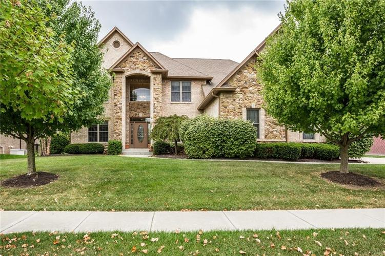 10218 FOREST MEADOW Circle Fishers, IN 46040 | MLS 21670380 | photo 1