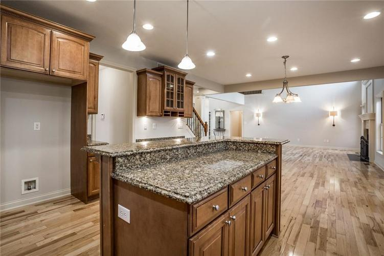 10218 FOREST MEADOW Circle Fishers, IN 46040 | MLS 21670380 | photo 20