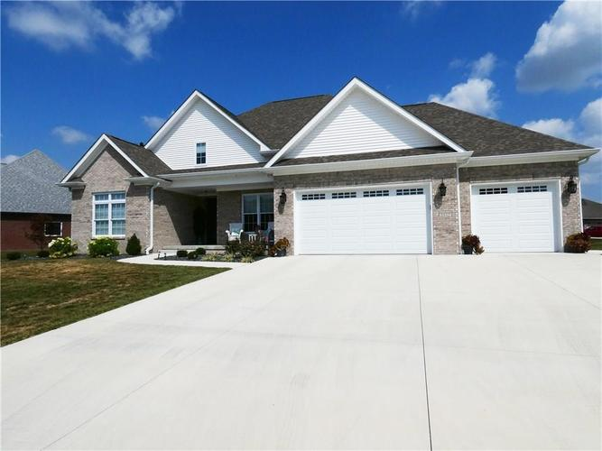 3532 St. Andrews Place Seymour, IN 47274 | MLS 21670395 | photo 1