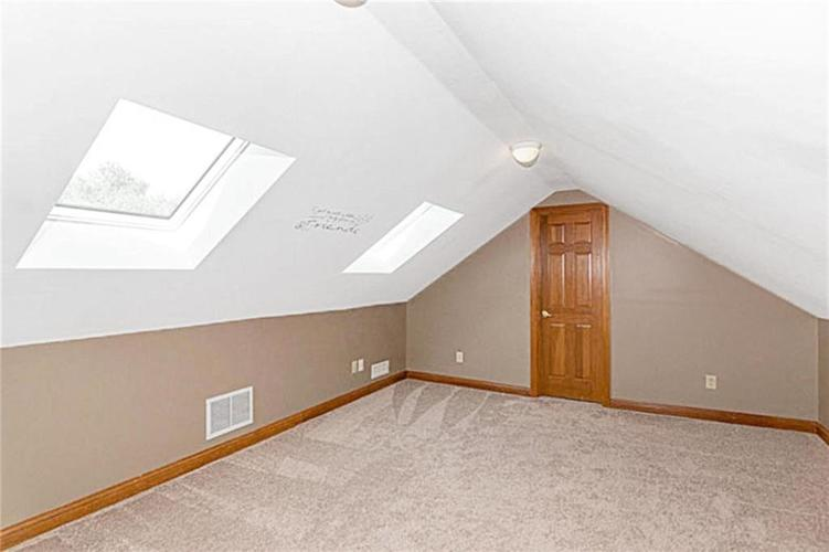 6045 White Ash Court Avon, IN 46123 | MLS 21670419 | photo 24