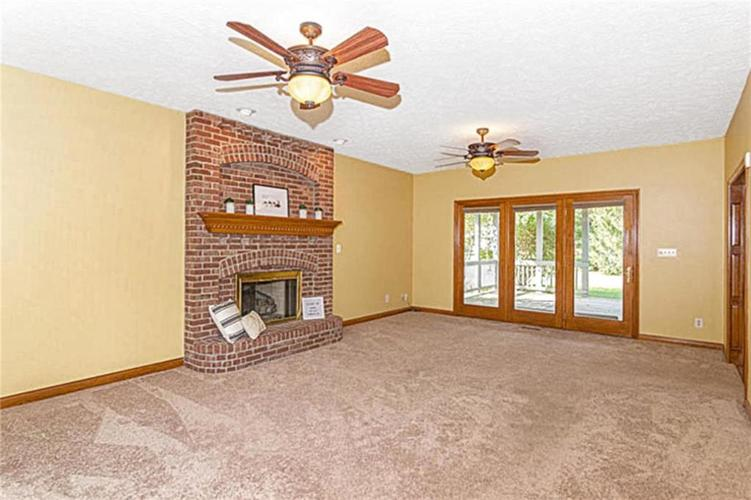 6045 White Ash Court Avon, IN 46123 | MLS 21670419 | photo 5