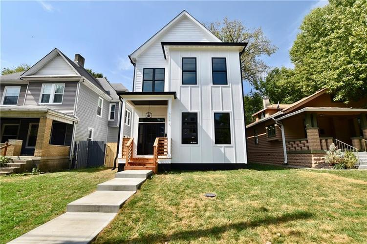 1114 Newman Street Indianapolis, IN 46201 | MLS 21670421 | photo 1