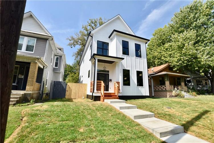 1114 Newman Street Indianapolis, IN 46201 | MLS 21670421 | photo 2