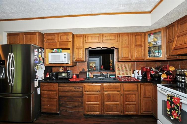 1699 N Blue Bluff Road Martinsville, IN 46151 | MLS 21670437 | photo 21