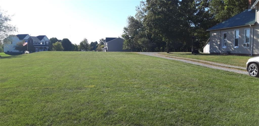200 S German Church Road Indianapolis, IN 46229 | MLS 21670541 | photo 19