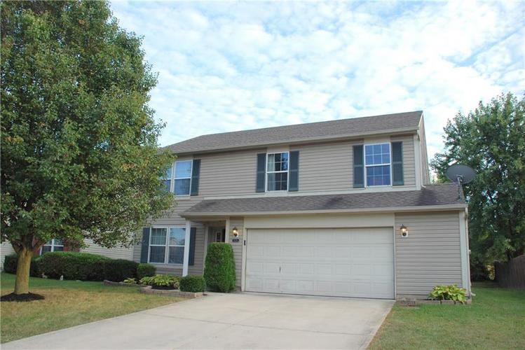 9229 ROBEY MEADOWS Lane Indianapolis, IN 46234 | MLS 21670542 | photo 1