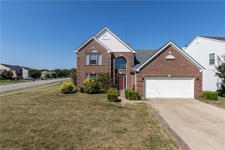 2384  Willowview Drive Indianapolis, IN 46239 | MLS 21670544