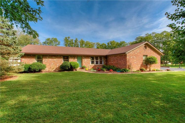2460 E County Road 800  Clayton, IN 46118 | MLS 21670545