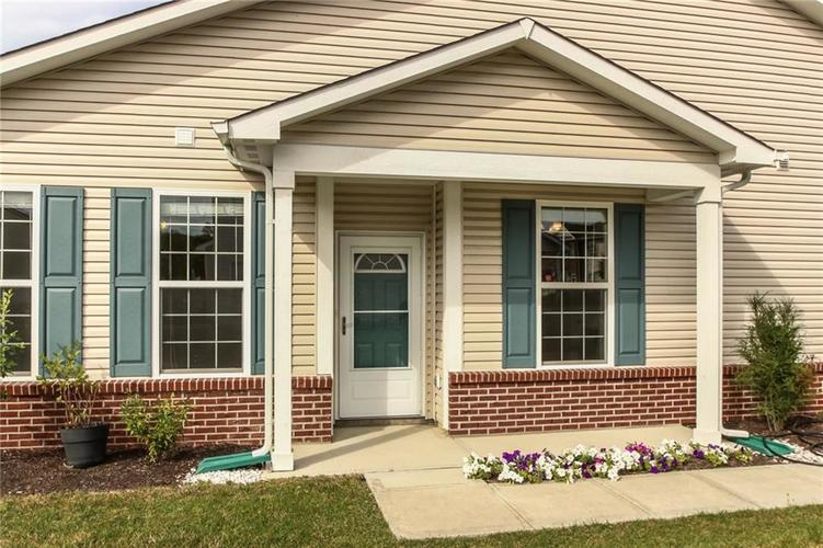 9687 Rolling Plain Drive Noblesville, IN 46060 | MLS 21670642 | photo 2