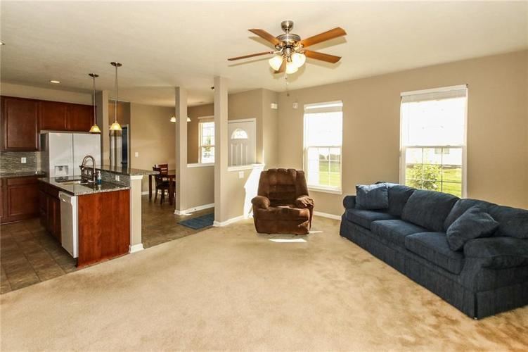 9687 Rolling Plain Drive Noblesville, IN 46060 | MLS 21670642 | photo 6