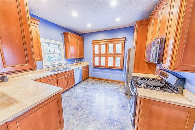 206 E 51st Street Indianapolis, IN 46205 | MLS 21670682 | photo 13