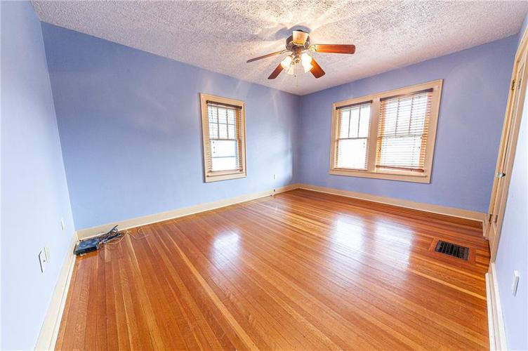 206 E 51st Street Indianapolis, IN 46205 | MLS 21670682 | photo 19