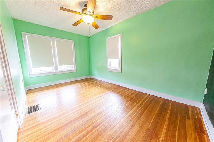 206 E 51st Street Indianapolis, IN 46205 | MLS 21670682 | photo 20