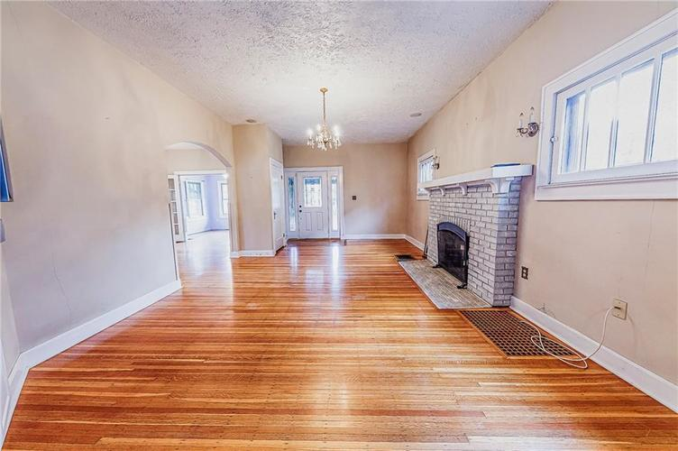 206 E 51st Street Indianapolis, IN 46205 | MLS 21670682 | photo 7