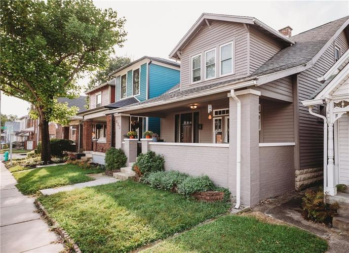 633 E McCarty Street Indianapolis, IN 46203 | MLS 21670853 | photo 2