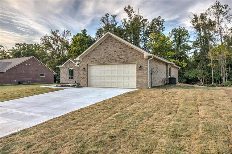4890 E Clearview Drive Mooresville, IN 46158 | MLS 21670951 | photo 3
