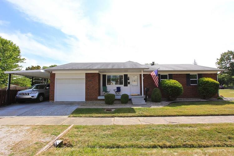 8101 E New York Street Indianapolis IN 46219 | MLS 21670990 | photo 1