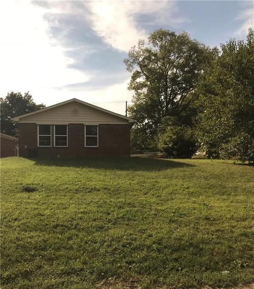 3008 S Lyons Avenue Indianapolis, IN 46241   MLS 21671011   photo 2