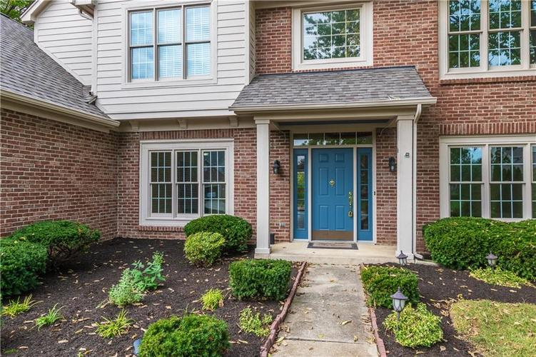 10936 EATON Court Fishers, IN 46038 | MLS 21671097 | photo 2
