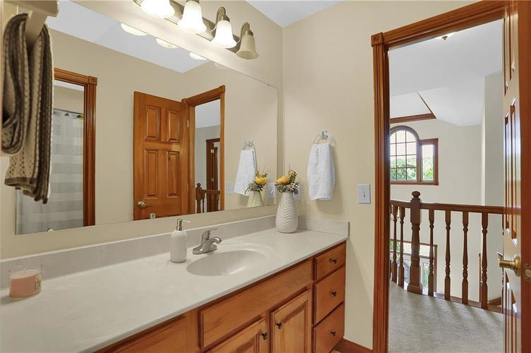 68 Campbell Road Greenwood, IN 46143 | MLS 21671108 | photo 26
