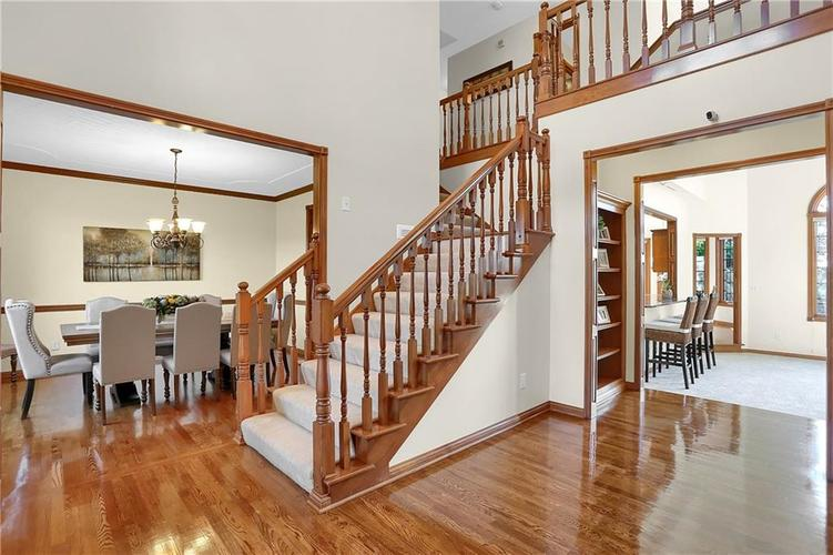 68 Campbell Road Greenwood, IN 46143 | MLS 21671108 | photo 5