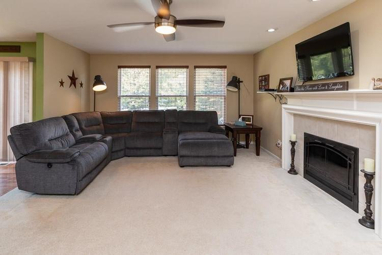 6233 Saw Mill Drive Noblesville, IN 46062 | MLS 21671111 | photo 3
