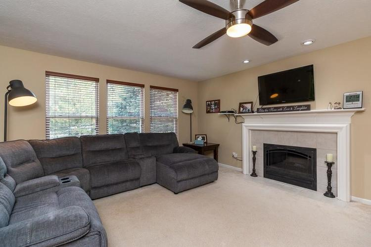 6233 Saw Mill Drive Noblesville, IN 46062 | MLS 21671111 | photo 4