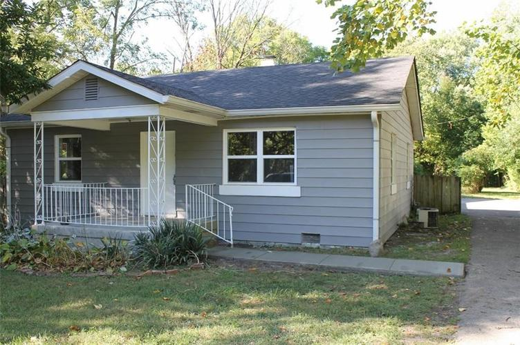 2530 W 60th Street Indianapolis IN 46228   MLS 21671112   photo 1