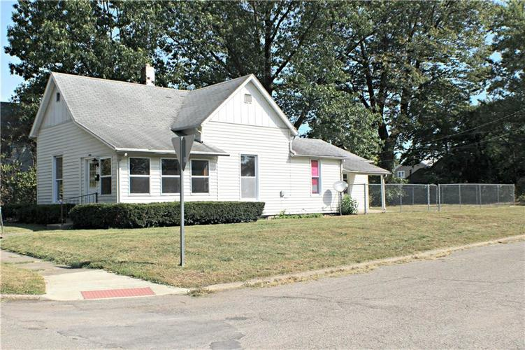 814  Cottage Avenue Anderson, IN 46012 | MLS 21671168