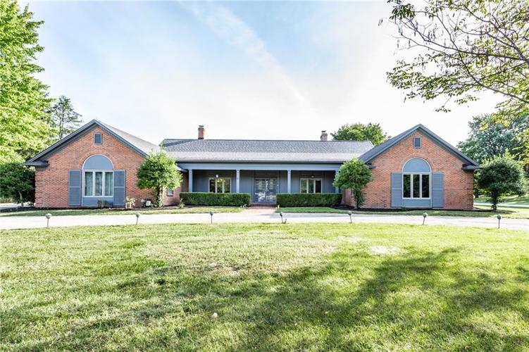9512  HOLLIDAY Circle Indianapolis, IN 46260 | MLS 21671211