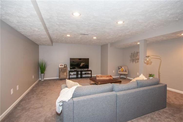 8385 PROVIDENCE Drive Fishers, IN 46038 | MLS 21671220 | photo 19
