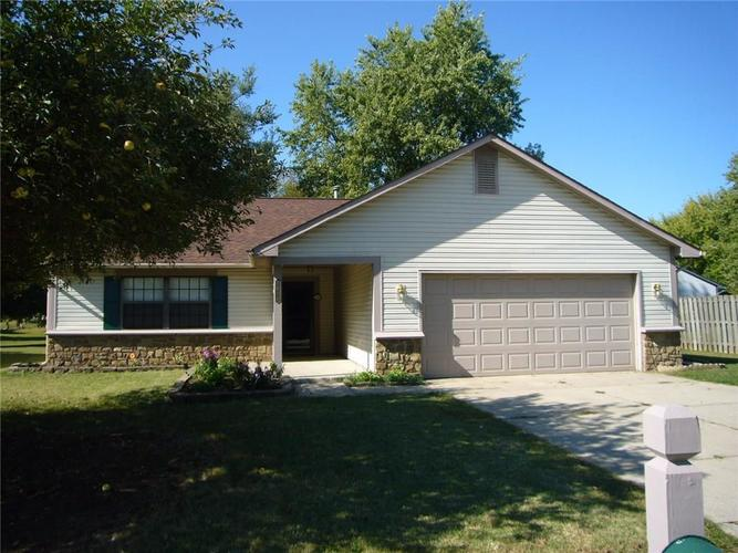 7610 Chris Anne Drive Indianapolis, IN 46237 | MLS 21671274 | photo 1