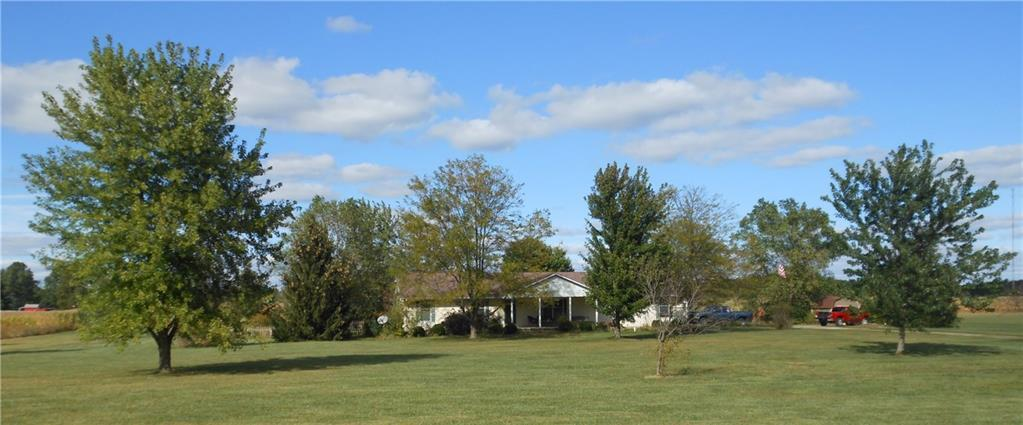 6700 W Jones Rd Muncie IN 47302 | MLS 21671288 | photo 1