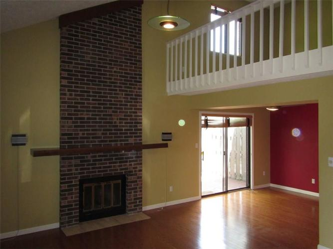 330 E Arch Street Indianapolis, IN 46202 | MLS 21671376 | photo 2