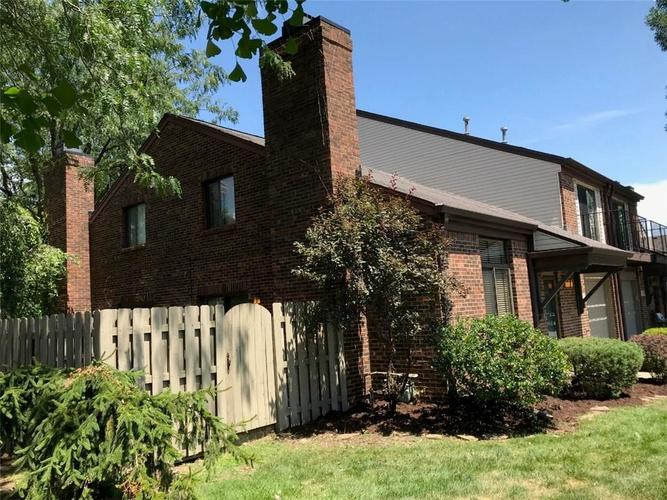330 E Arch Street Indianapolis, IN 46202 | MLS 21671376 | photo 5