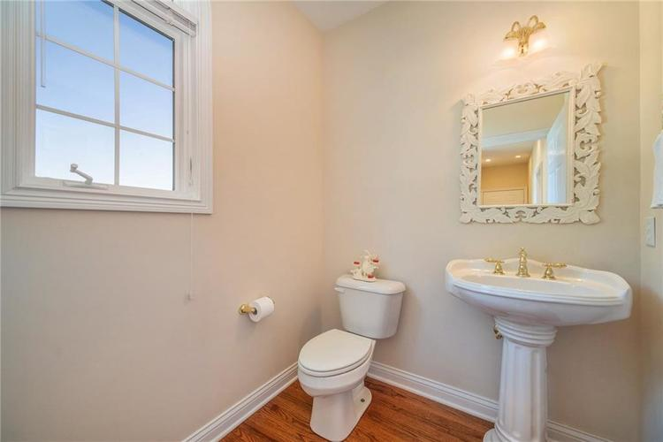 7740 N Lakeview Drive Unionville, IN 47468 | MLS 21671465 | photo 17