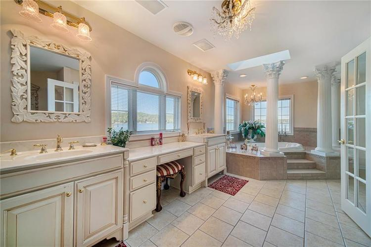 7740 N Lakeview Drive Unionville, IN 47468 | MLS 21671465 | photo 25
