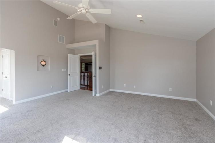 2680 S Hillview Drive New Palestine, IN 46163 | MLS 21671513 | photo 21