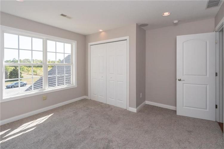 2680 S Hillview Drive New Palestine, IN 46163 | MLS 21671513 | photo 28