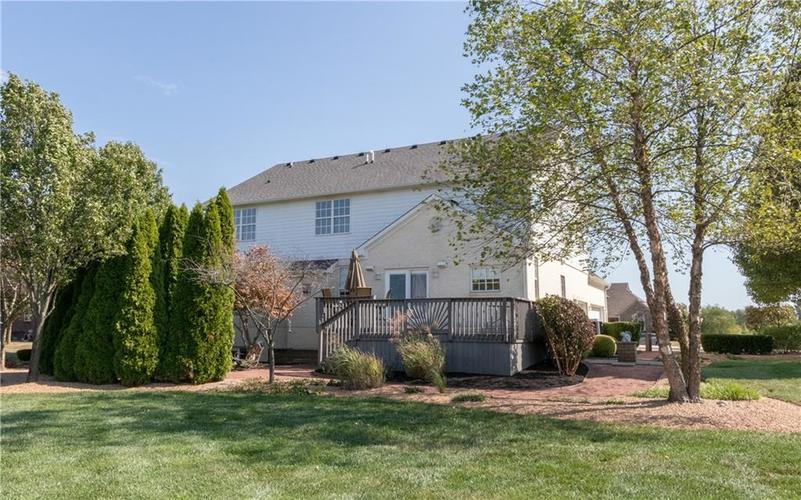2680 S Hillview Drive New Palestine, IN 46163 | MLS 21671513 | photo 39