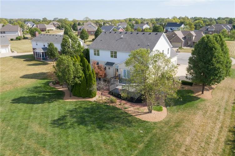2680 S Hillview Drive New Palestine, IN 46163 | MLS 21671513 | photo 47