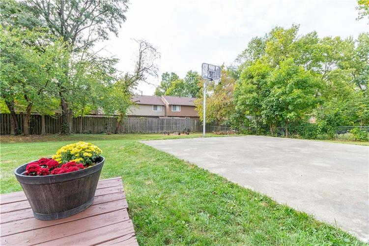 9428 Thornwood Drive Indianapolis, IN 46250   MLS 21671546   photo 28