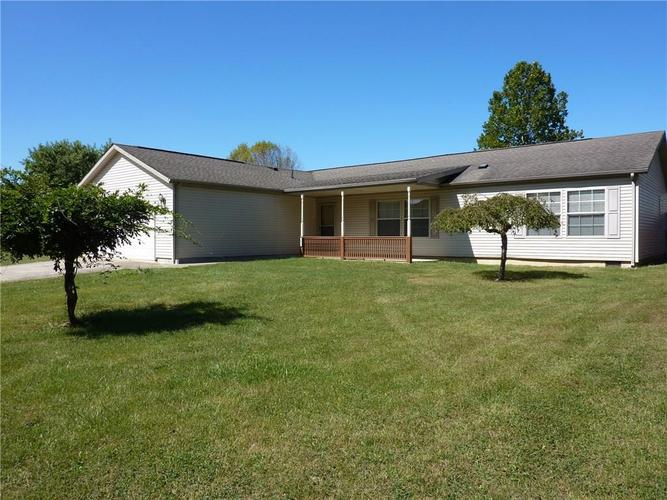 405  Cool Evening Road Cloverdale, IN 46120 | MLS 21671548