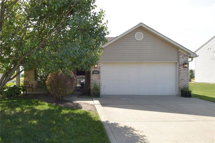 1099 Spring Meadow Court Franklin IN 46131 | MLS 21671596 | photo 1