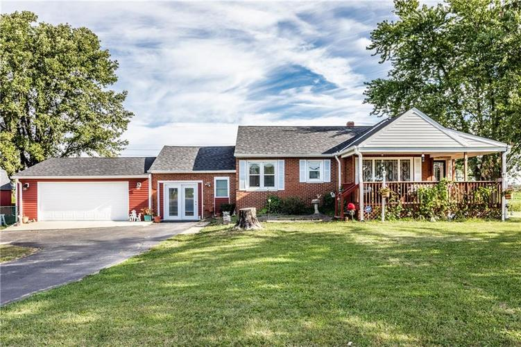 804 W US Highway 52 Fountaintown, IN 46130 | MLS 21671599 | photo 2