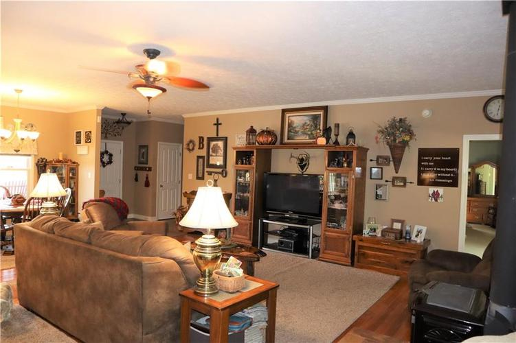 8850 State Road 135 S Freetown, IN 47235   MLS 21671644   photo 4
