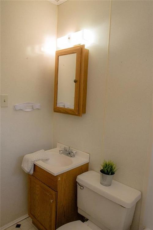230 E 106th Street Indianapolis, IN 46280 | MLS 21671682 | photo 22