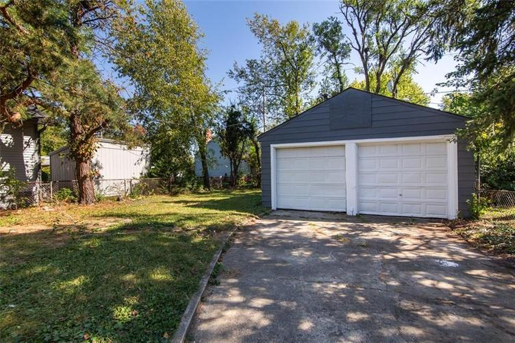 1221 WALLACE Avenue Indianapolis, IN 46201 | MLS 21671694 | photo 29