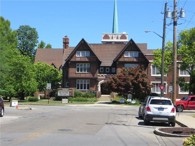 1221 WALLACE Avenue Indianapolis, IN 46201 | MLS 21671694 | photo 47